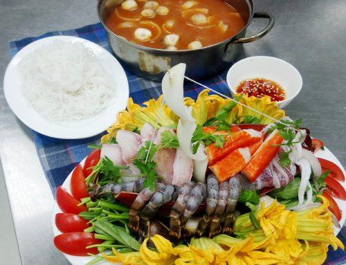 Cách nấu Lẩu hải sản chua cay hấp dẫn tại nhà